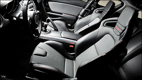 review 2011 mazda rx8 r3 m g reviews. Black Bedroom Furniture Sets. Home Design Ideas