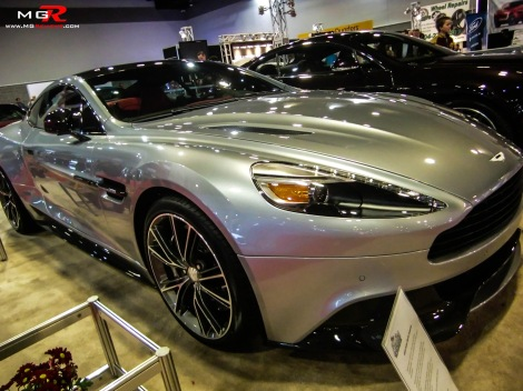 2013 Aston Martin Vanquish 02