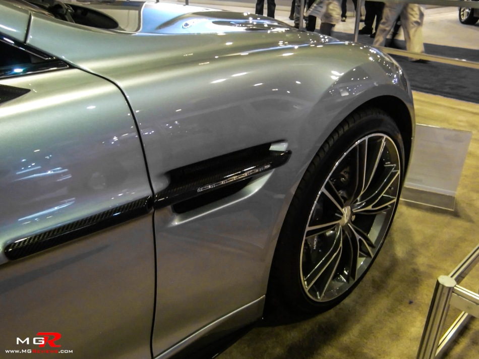 2013 Aston Martin Vanquish 03