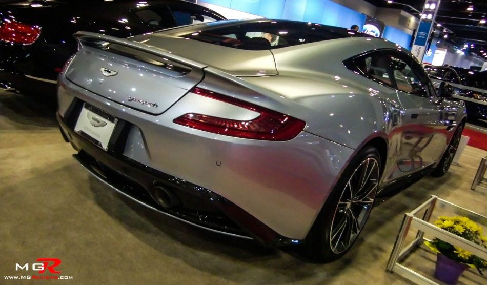 2013 Aston Martin Vanquish 04