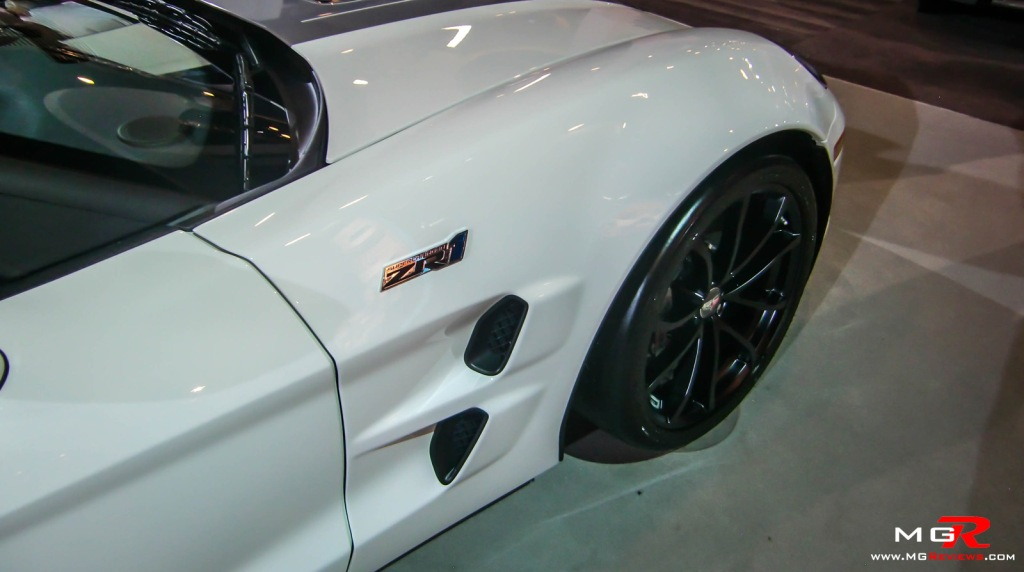 2013 Chevrolet Corvette ZR1 01
