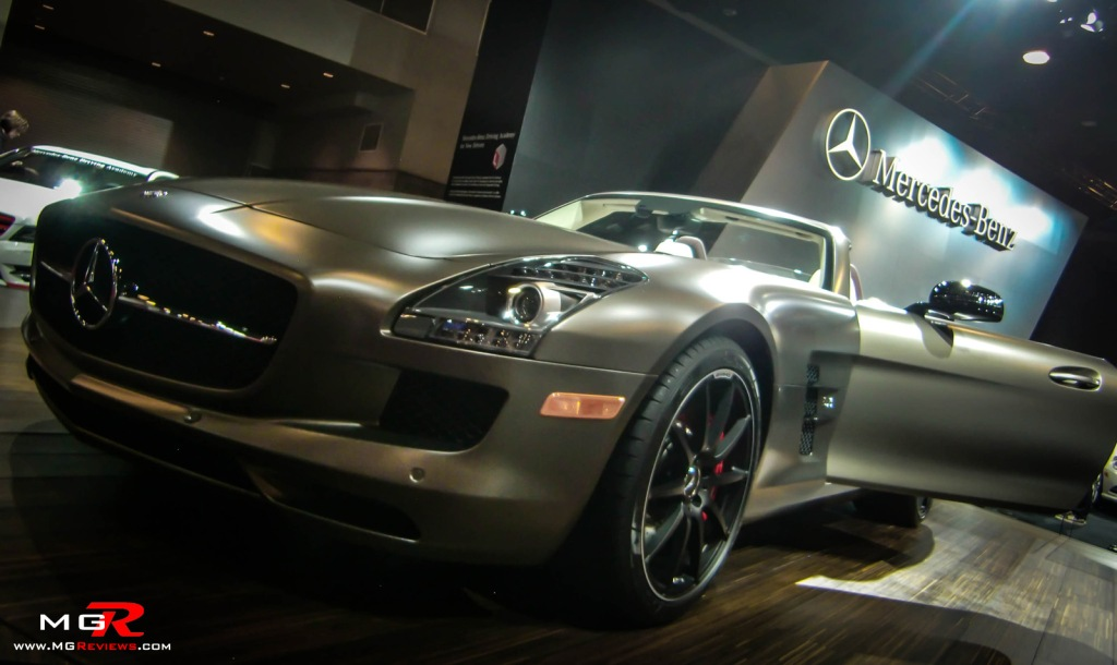 2013 Mercedes-Benz SLS AMG Roadster S 02