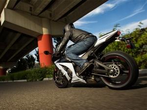 Kawasaki Ninja 300 white 02