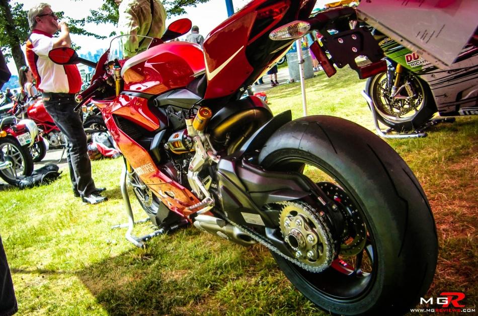 Ducati Panigale R 01