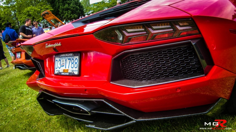 Lamborghini Aventador 02