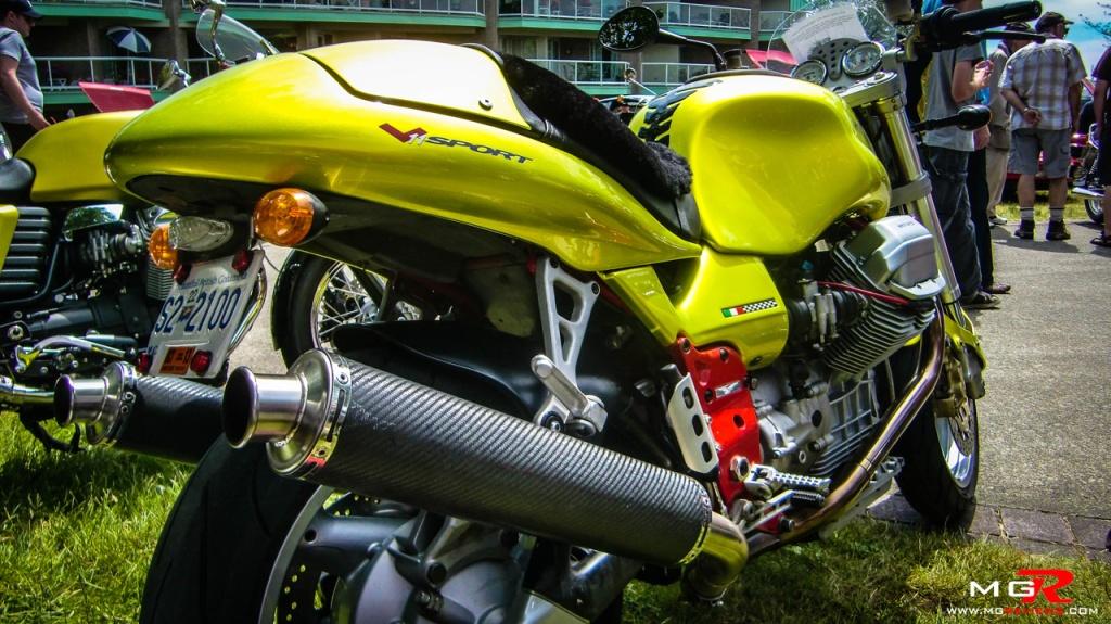 Moto Guzzi V11 01