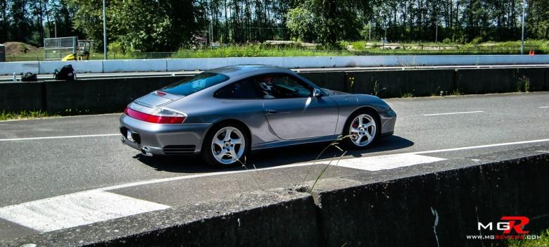Porsche Carrera 4S 01