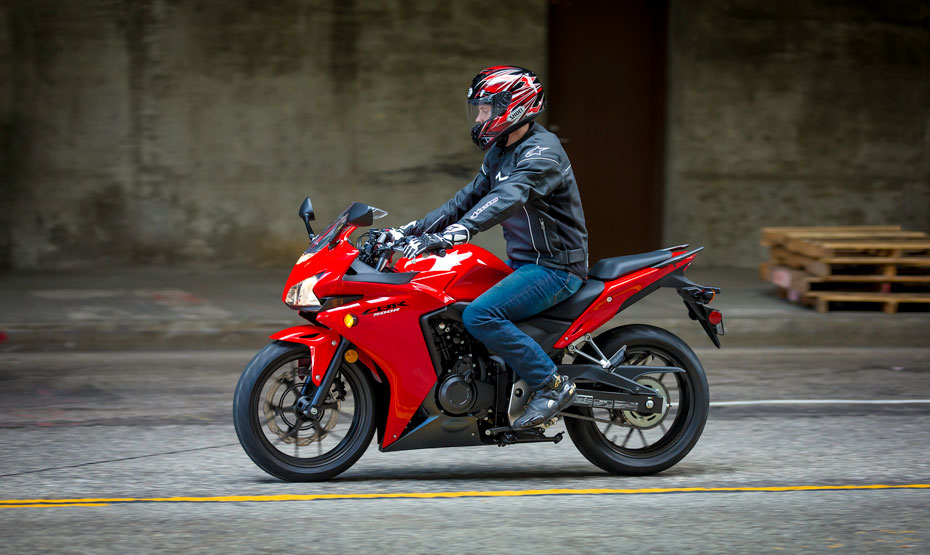 cbr500r red riding position