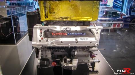 Toyota TS030 Hybrid Engine 01