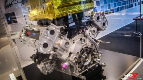 Toyota TS030 Hybrid Engine 02