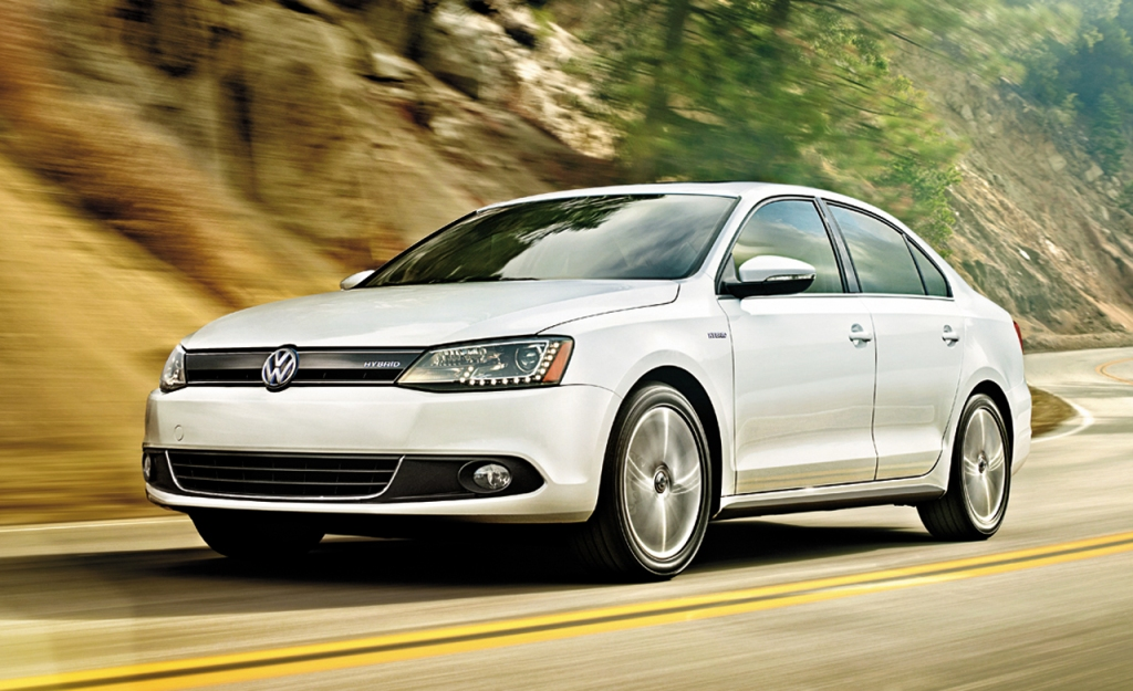 2014 Volkswagen Jetta Hybrid front