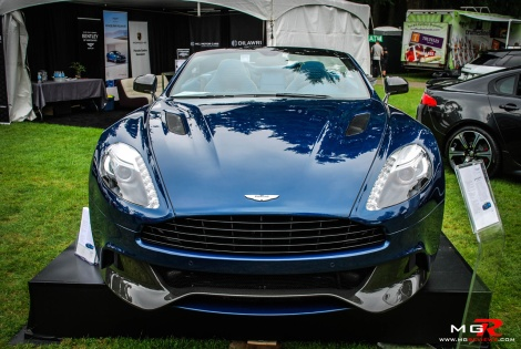 Aston Martin Vanquish 01
