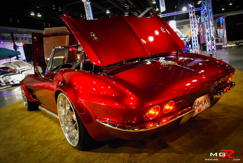 Classic Chevrolet Corvette 2