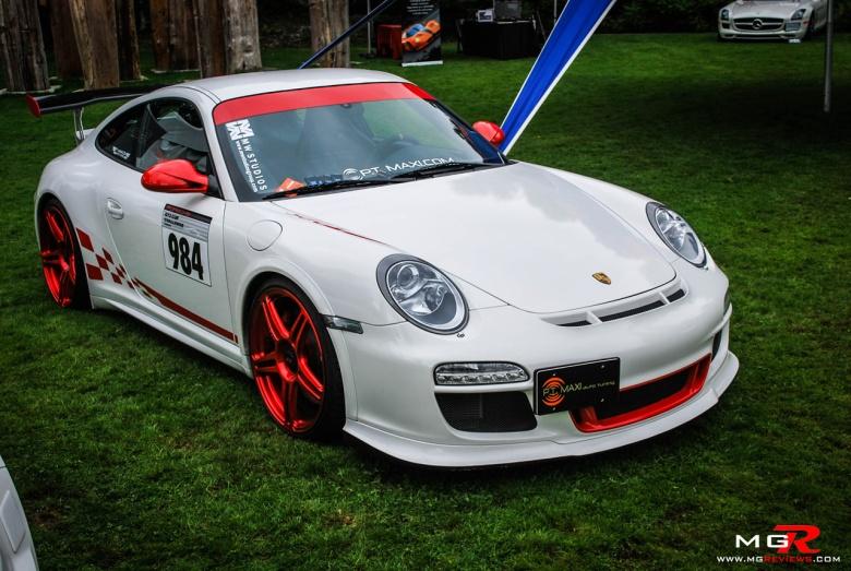 Porsche 911 GT3RS white