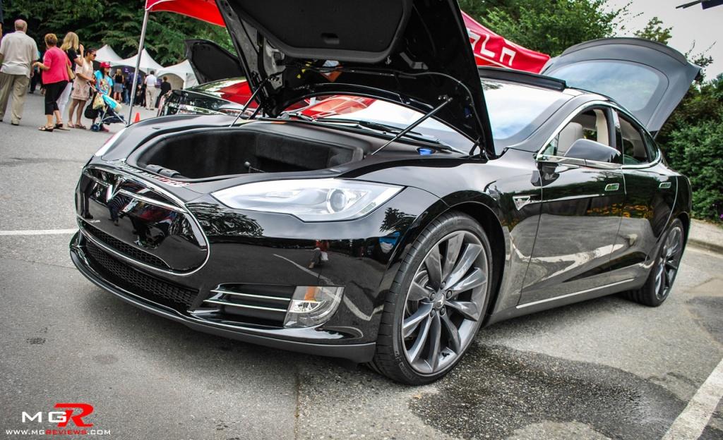 Tesla Model S 03