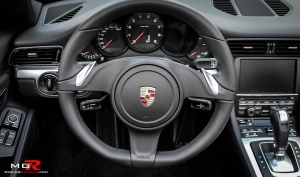 Porsche 911 Cabrio 991 interior 01