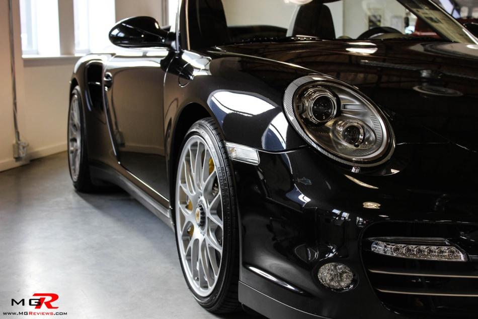 Porsche 911 Turbo S Cabriolet 11