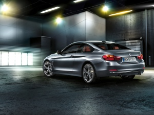 BMW_4series_coupe_wallpaper_17_1600x1200