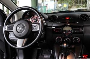 Mazda 2 interior 01