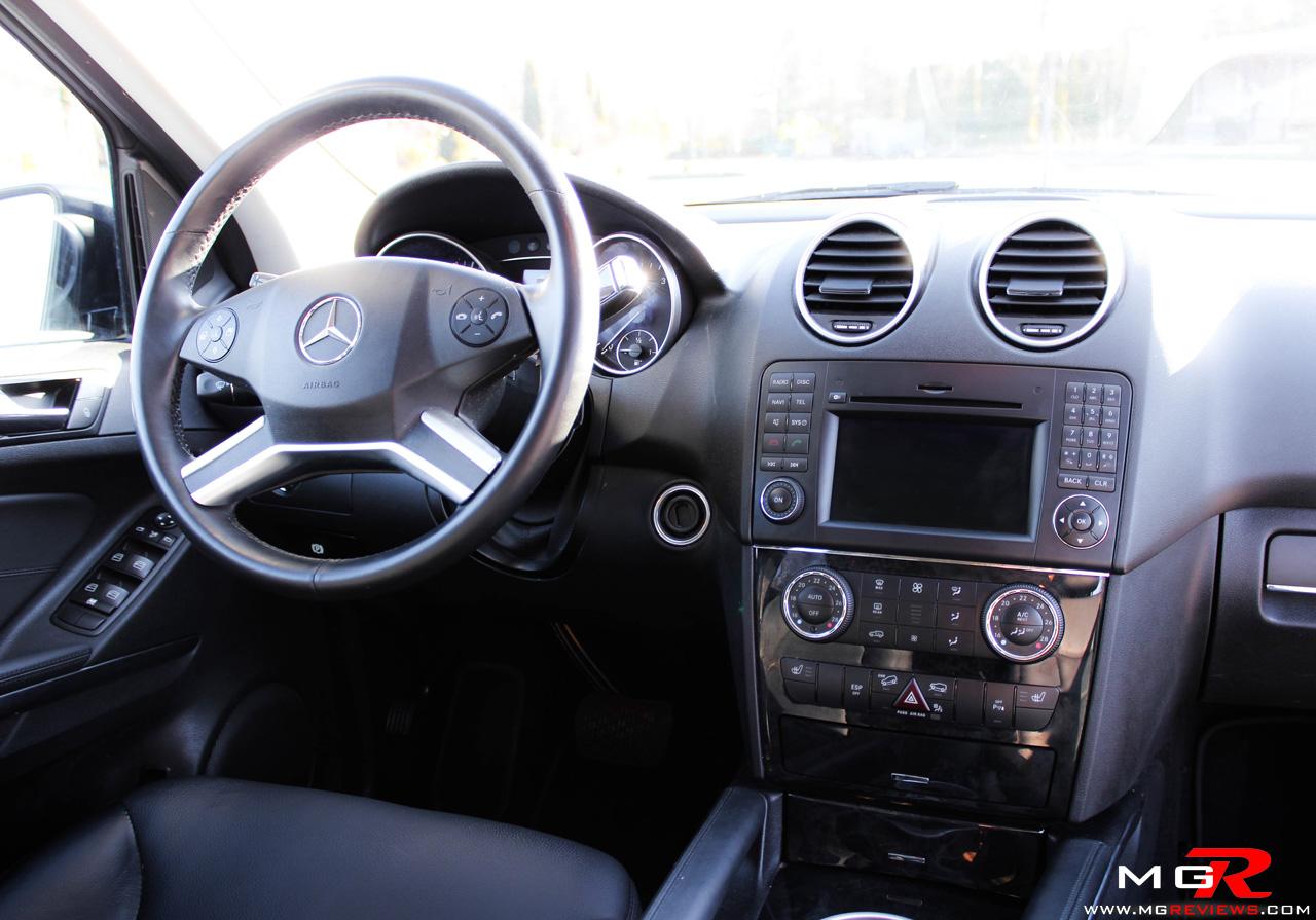 Mercedes benz ml350 bluetec interior 01