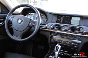 BMW 750i Interior-2