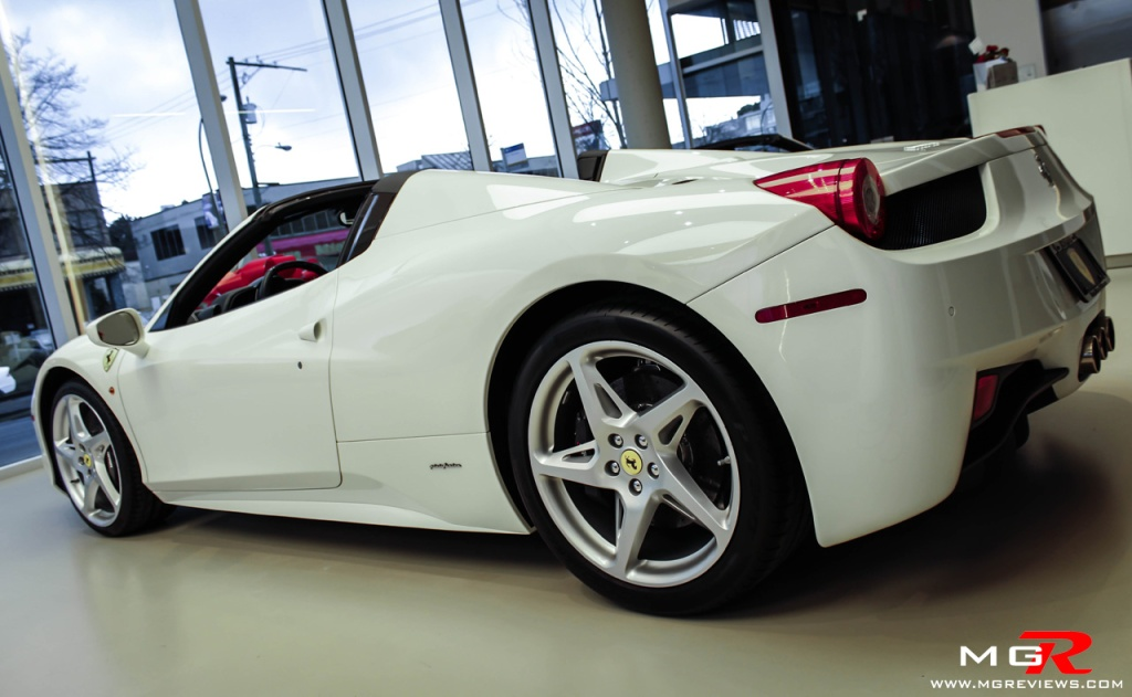 Ferrari 458 Spyder white-6