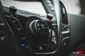 Hyundai Veloster Turbo Interior-7
