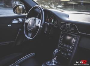 Porsche 911 Carrera-12