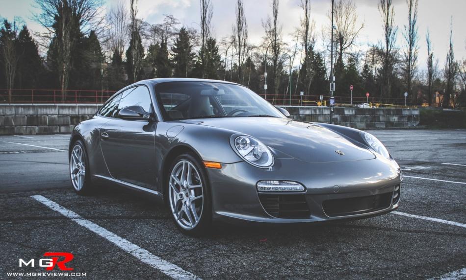 Porsche 911 Carrera-3