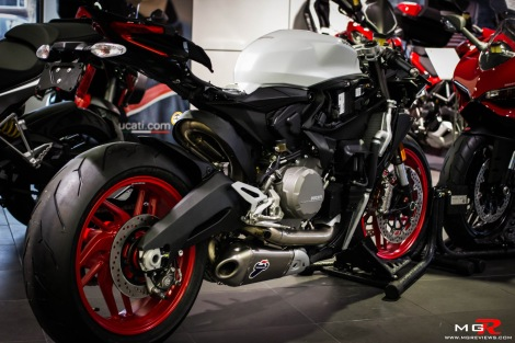 Ducati 899 Panigale-11