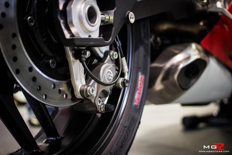 Ducati 899 Panigale-2