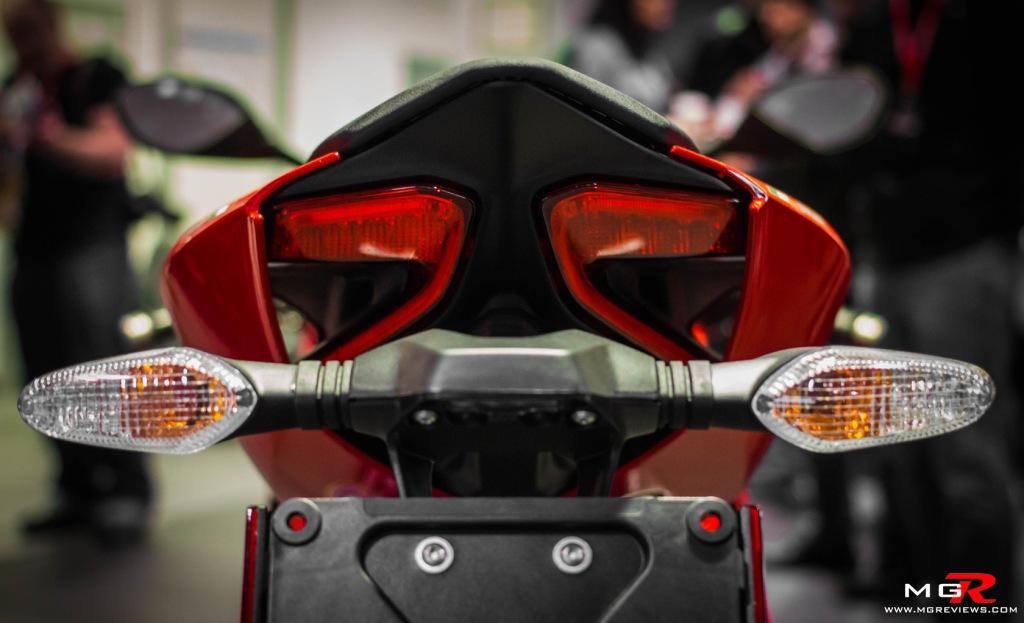 Ducati 899 Panigale-3