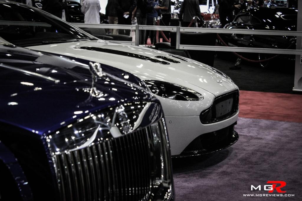 Aston Martin V12 Vantage-4 copy