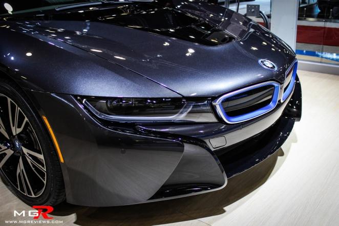 BMW i8-4
