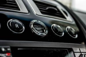 Aston Martin DB9-20