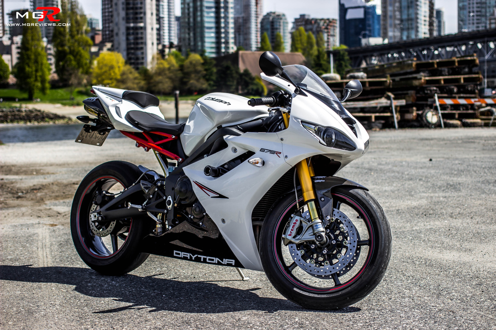 3 cylinder motorcycle engine with Review 2012 Triumph Daytona 675r on Yamaha aerox r 2017 in addition Cafe Racers Bmw Motorcycles 2016 7 furthermore Honda pc pacific coast 800 2093 in addition 2018 Honda Cb300r 143kg Wet Usd Forks 31hp also Bmw Urban Racer.