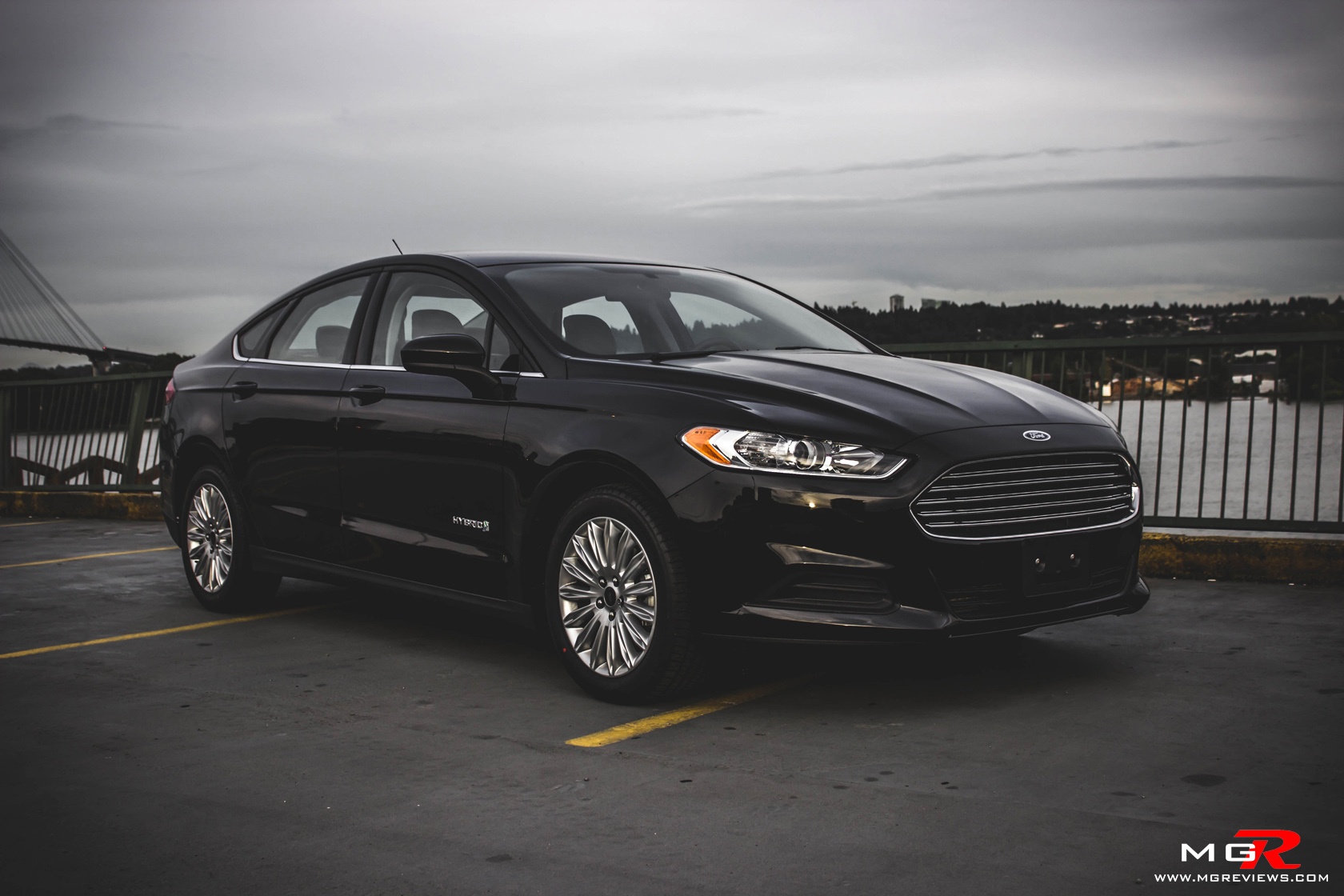 review 2014 ford fusion hybrid m g reviews. Black Bedroom Furniture Sets. Home Design Ideas