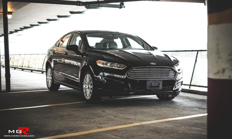 2014 Ford Fusion Hybrid-17