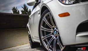 2011 BMW M3 M-DCT White-14