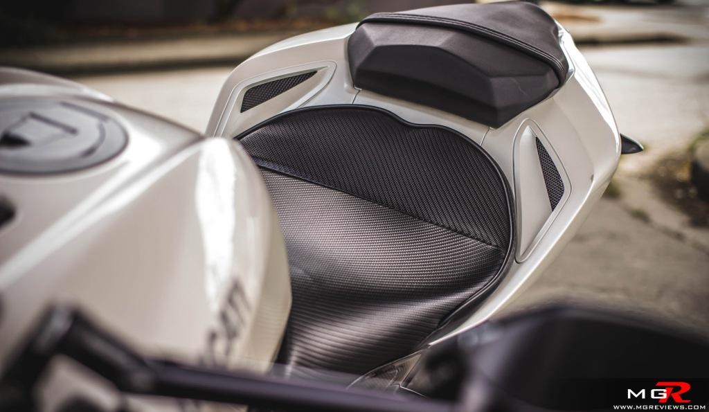 2010 Ducati Streetfighter 1098 white-31