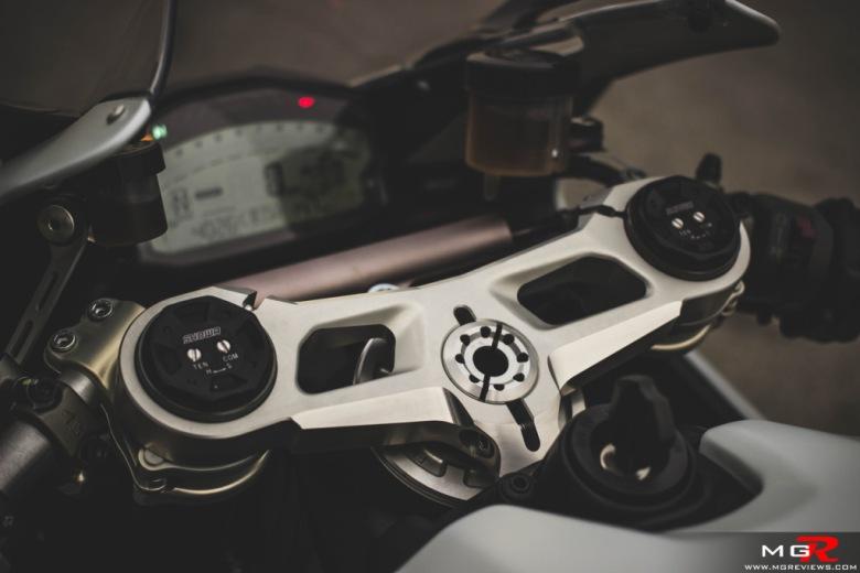 2014 Ducati 899 Panigale White-11