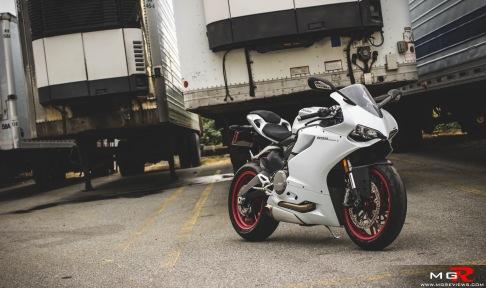 2014 Ducati 899 Panigale White-13