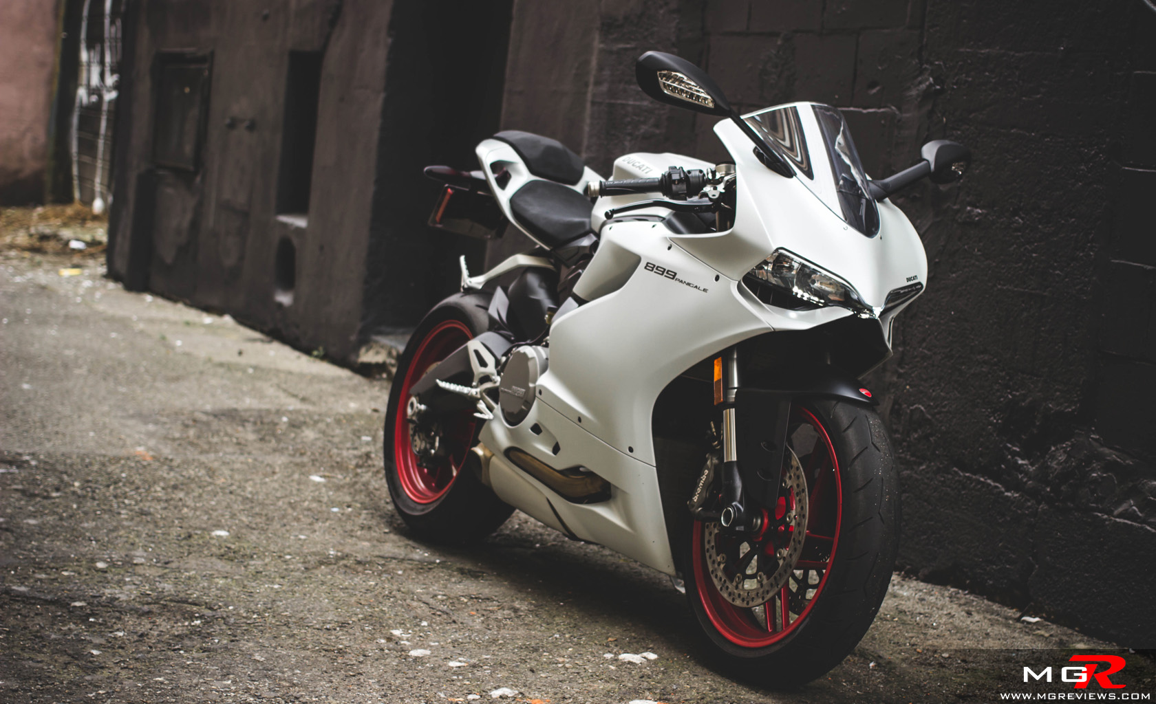 Review 2014 Ducati 899 Panigale M G Reviews
