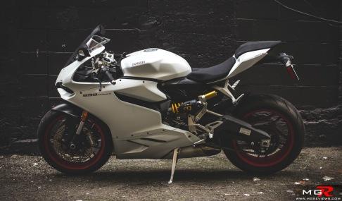 2014 Ducati 899 Panigale White-18