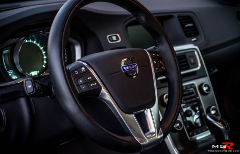 2015 Volvo V60 T6 AWD-9