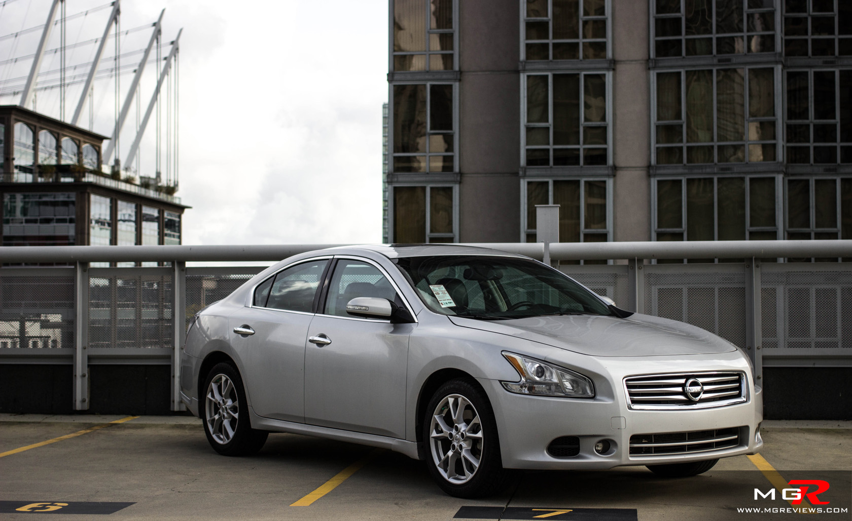 nissan sv one sedan stop maxima at detail used