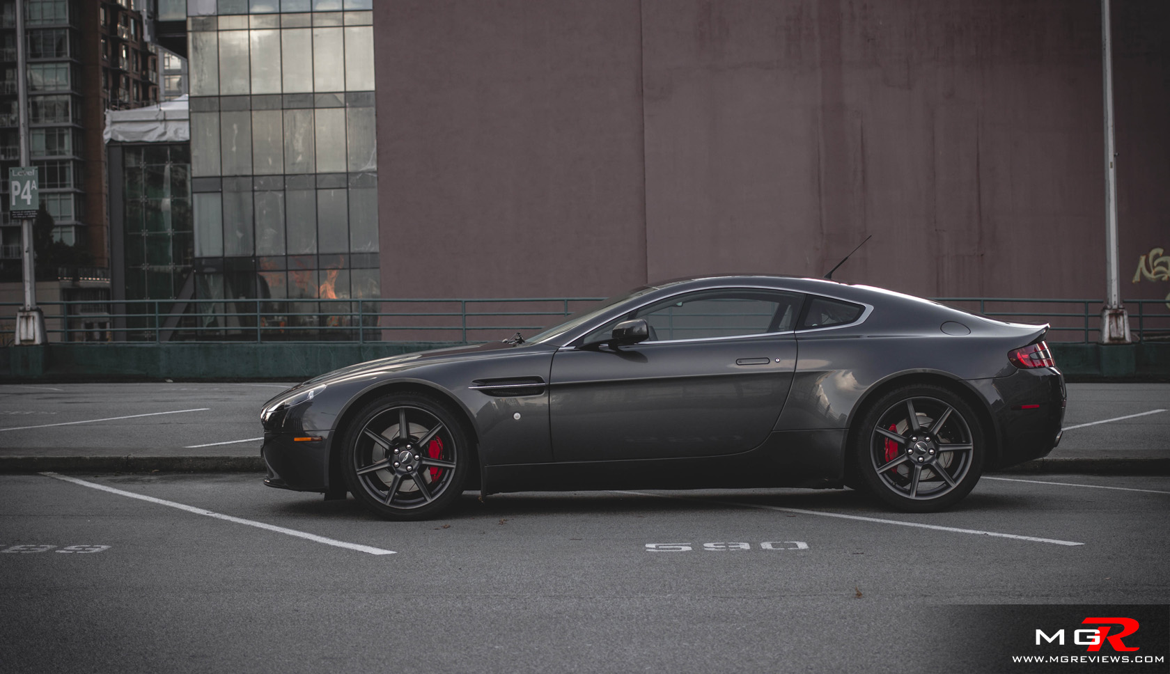 Review Aston Martin V Vantage MGReviews - 2007 aston martin v8 vantage