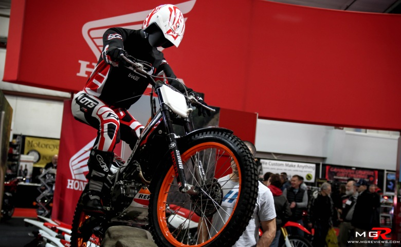 2015 Vancouver Motorcycle Show-42 copy