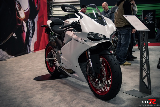 2016 Vancouver Motorcycle Show-11 copy