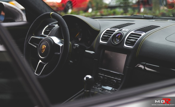Porsche Parade-22 copy